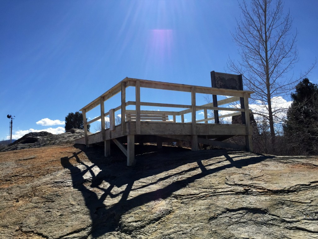 Here is the viewing platform that is located right above the geyser